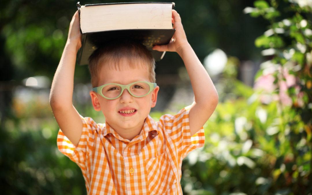 7 dolog, amit feltétlenül taníts meg a gyermekednek mire iskolás lesz!